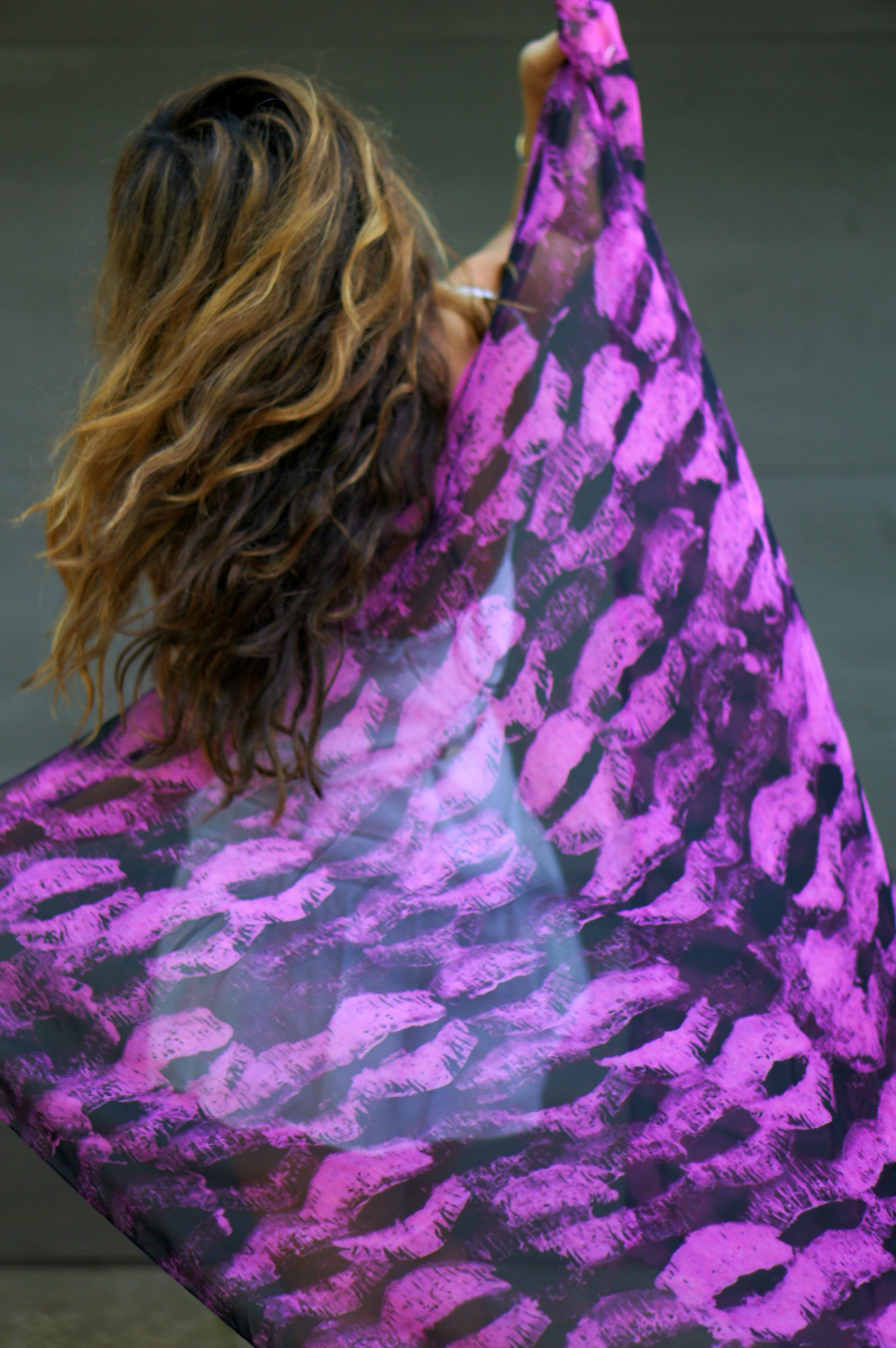 scarf, besos, kisses, accessories, anna coroneo, bloomingdales, scarves, style, fall style
