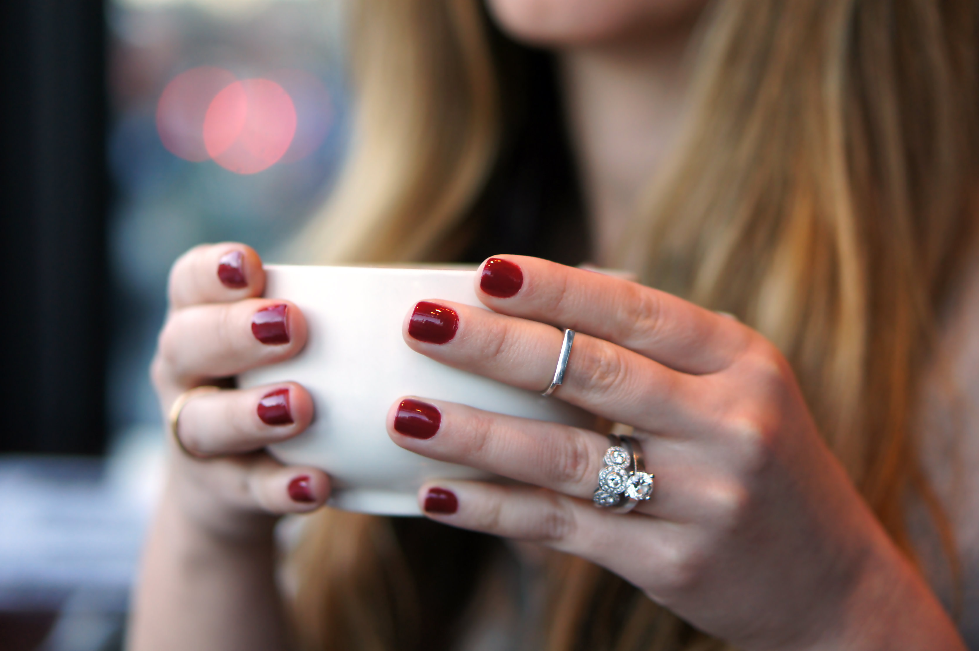 Rings & bordeaux nails